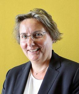 Unsere Spezialistin für das Judentum ist Elke Morlok.